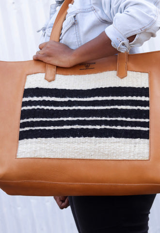 Black and White Pendo Bag