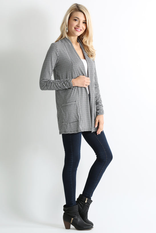 black geometric pocket ruched sleeve