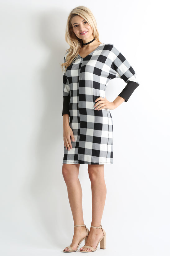 black plaid / black sleeve