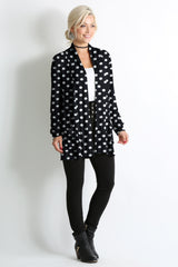 Load image into Gallery viewer, big black dots pocket ruched sleeve