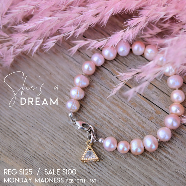 Monday Madness: She's A Dream Bracelet