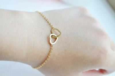 Charming Interlocked Hearts Love Bracelet Bracelet