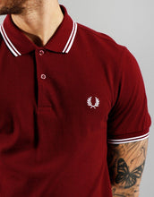 Load image into Gallery viewer, Fred Perry - M3600 in Port / White / White