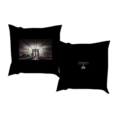 BROOKLYN BRIDGE PILLOW