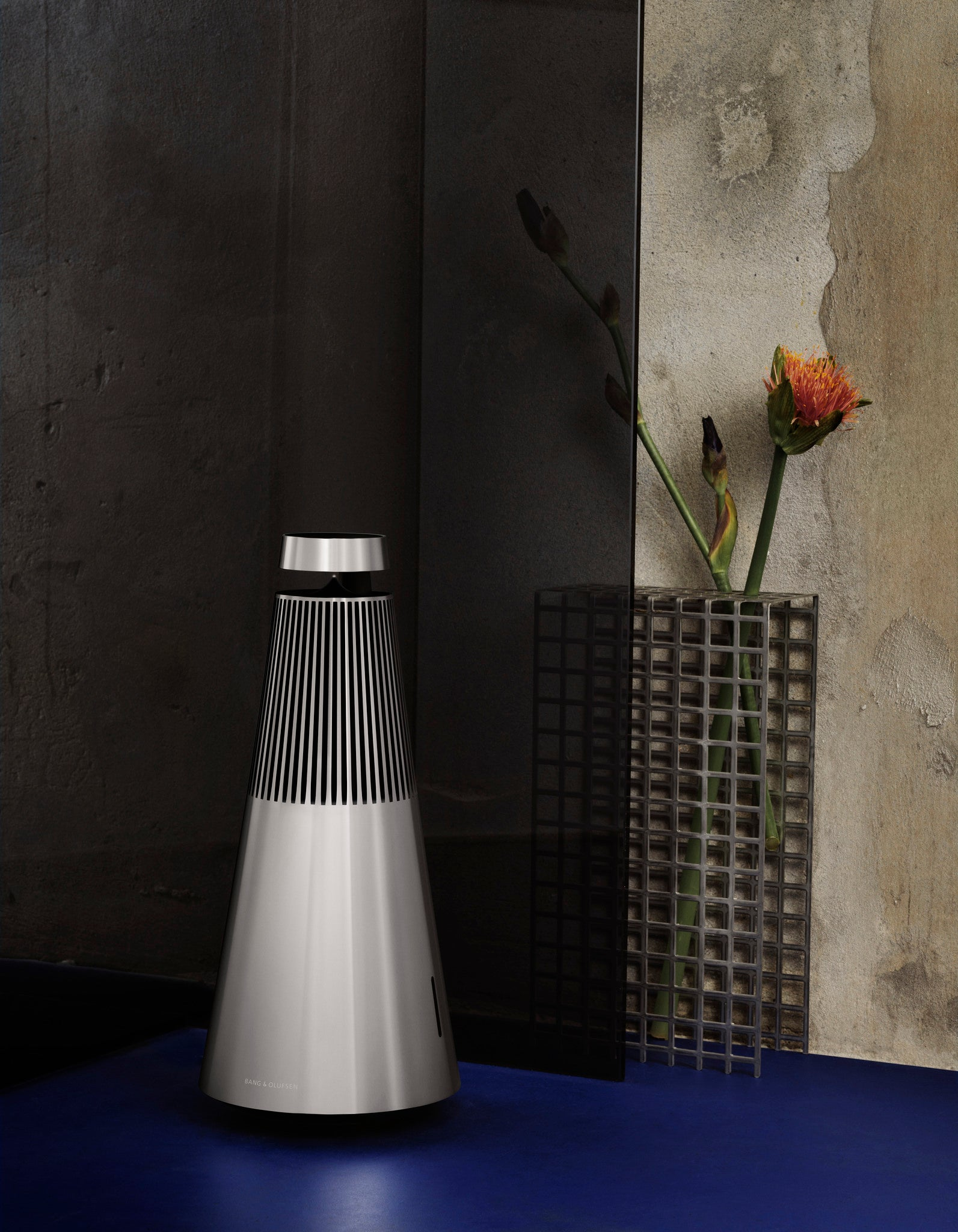 BeoSound 2 Wireless Speaker System with Google Voice Assistant