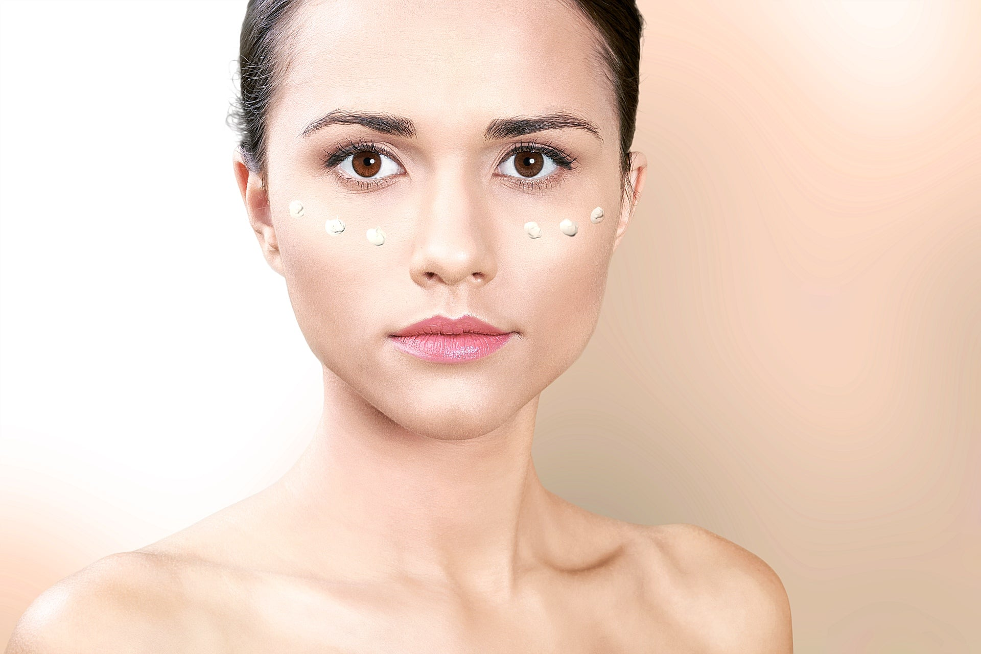 How To Look Great And Feel Great: Reducing The Visibility Of Your Pimples