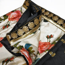Load image into Gallery viewer, Black Border Floral Saree