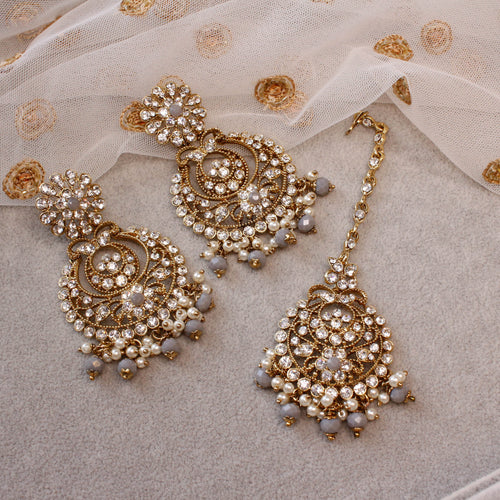 Hanna Tikka and Earrings - Antique