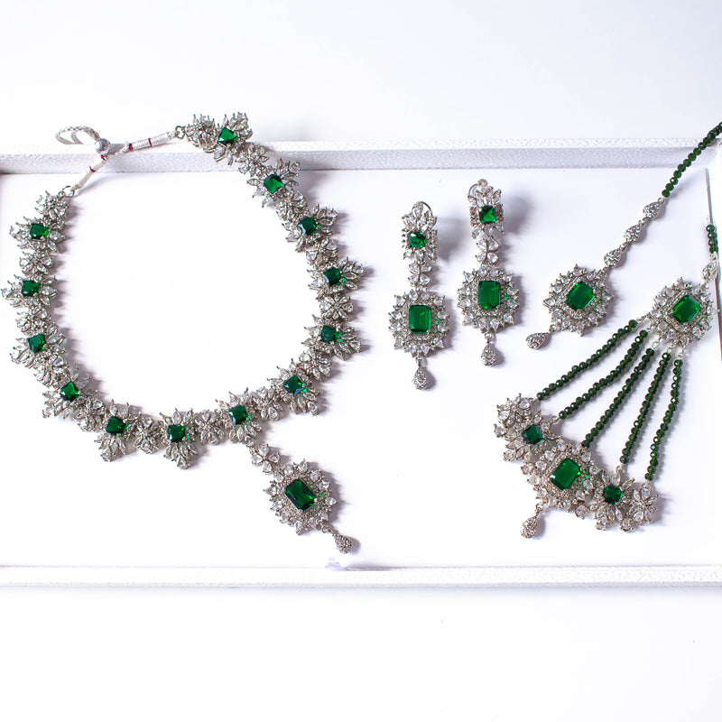 Neelam Bridal Necklace set - Silver/Green