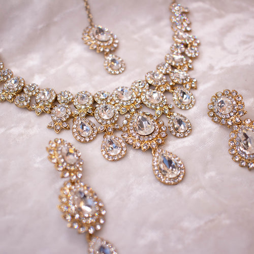 Simran Necklace Set - Clear