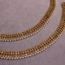 Load image into Gallery viewer, Antique Gold and Pearl Anklets