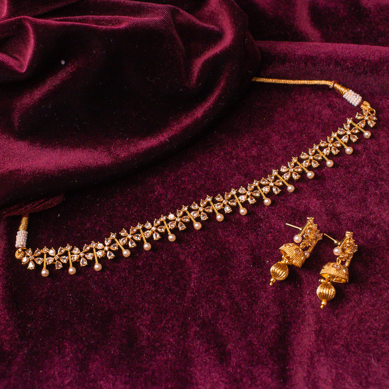 Small Gold and Pearl Set