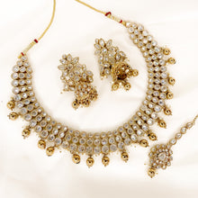 Load image into Gallery viewer, Pari Antique Necklace Set