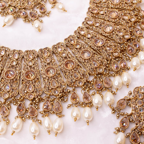 Large Antique Gold Necklace Set