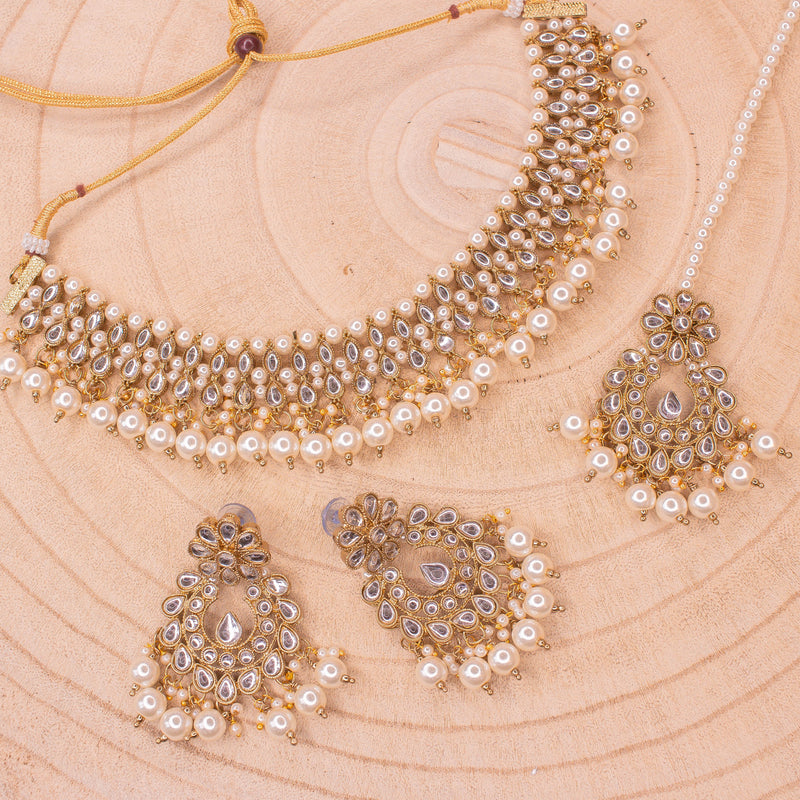 Rita Faux Kundan Set - White