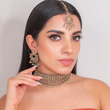 Load image into Gallery viewer, Shamsa Choker Set