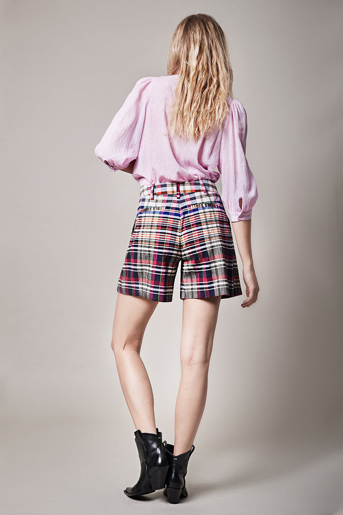 Walking Plaid Short