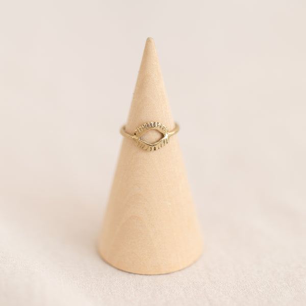 Gaze Ring - Brass