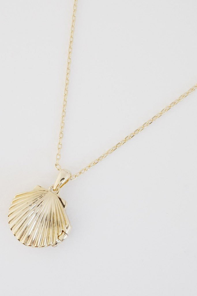 SHELL LOCKET PENDANT