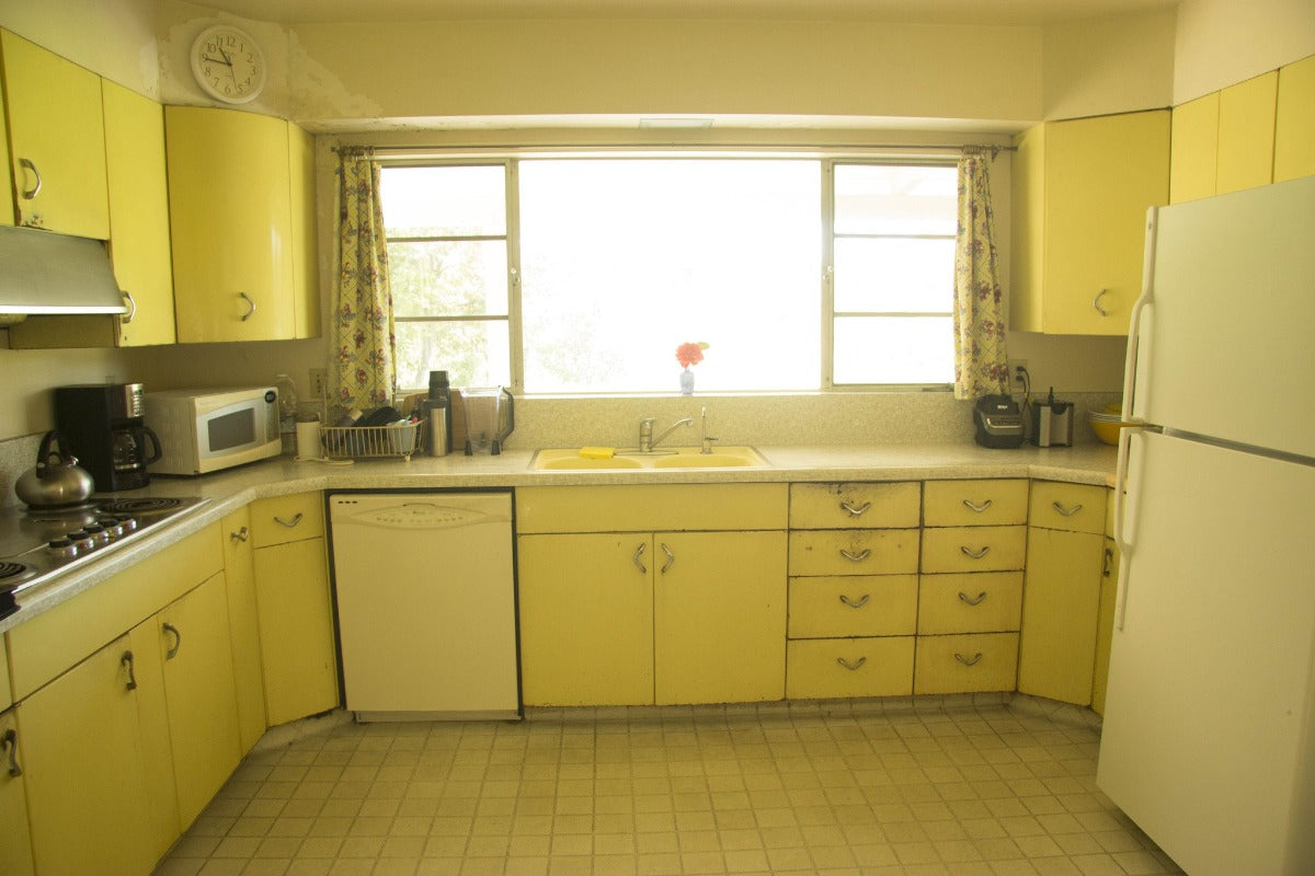 Vintage Steel Kitchen Cabinetry - 1957 Youngstown - Chevron Pulls & Vintage Steel Kitchen Cabinetry - 1957 Youngstown - Chevron Pulls ...
