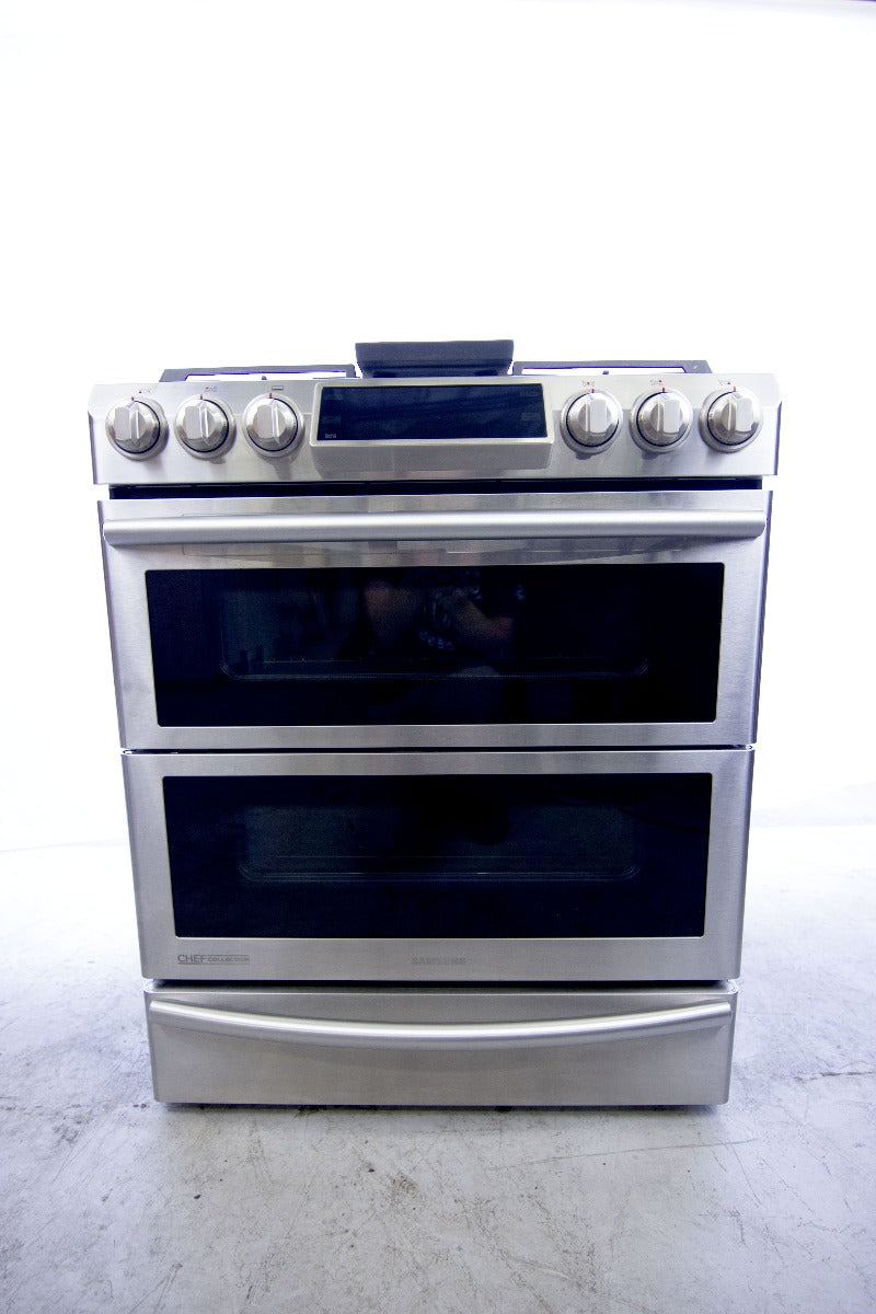 Samsung 30 in. 5.8 cu. ft. Slide-In Dual Door Double Oven, Dual Fuel Range