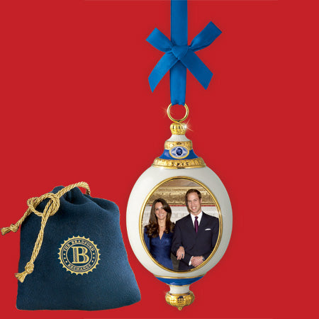 (D) ROYAL FAMILY: ROYAL ENGAGEMENT ORNAMENT 0113509001-T
