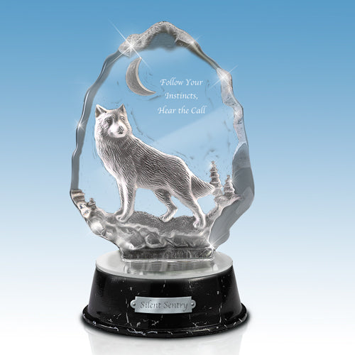 (DM)  GLASS SCULPTURE - SILENT SENTRY WOLF 0123627002-T