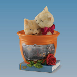 (HDA) Thomas Kinkade's Tails of Romance FUR-EVER YOURS 0904569003-T SOLD OUT!