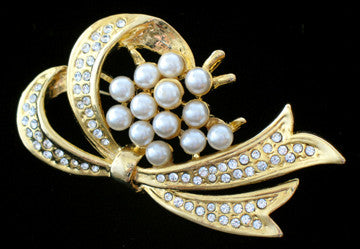 Brooch with Jewels & Pearls