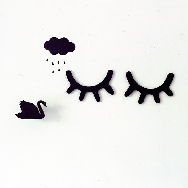 Cute Eyelash Wall Decor