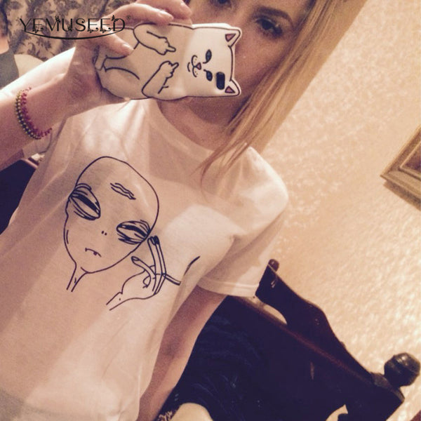 Smoking Aliens T-shirt Women Funny