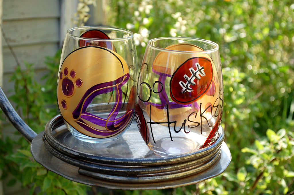 "BOSO 50%  Sport Football ""UW Big Helmet""  BUY A GLASS, SEND A GLASS - VIRTUAL HAPPY HOUR!"
