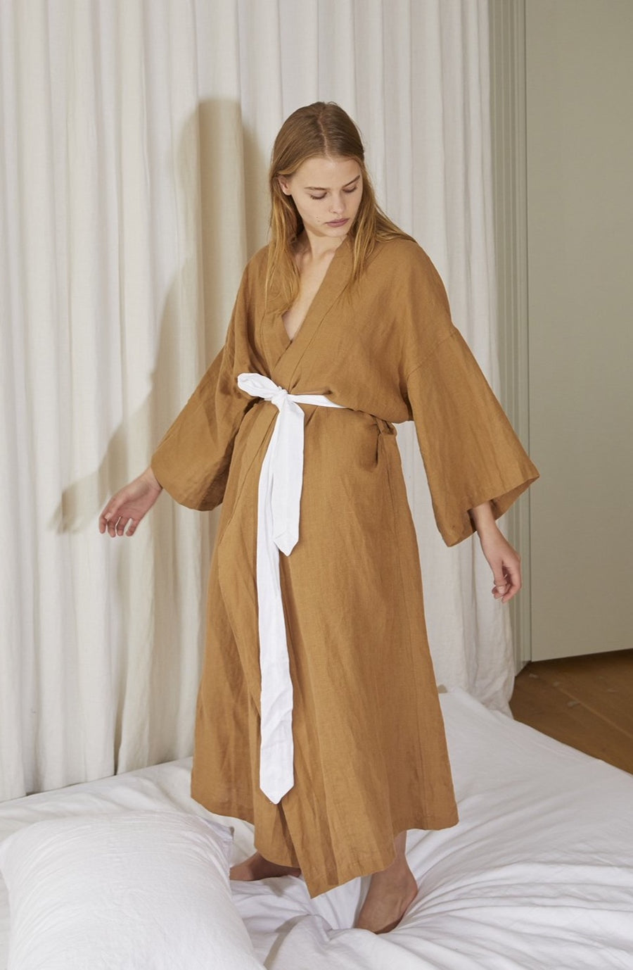 the 02 robe - walnut