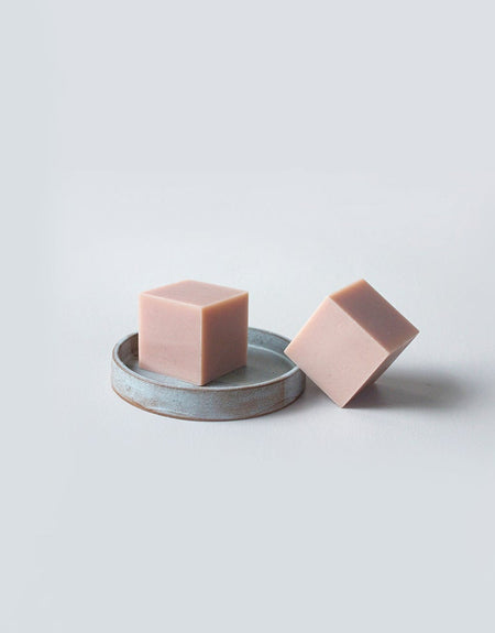 Pomegranate seed oil and pink clay - Sphaera Soap | Deiji Studios