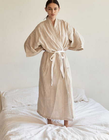 the 02 robe - oatmeal | Deiji Studios