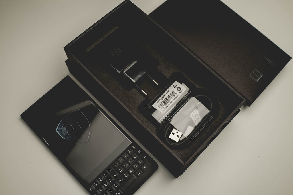 Комплектация BlackBerry KEY2 128Gb ЕАС Ростест