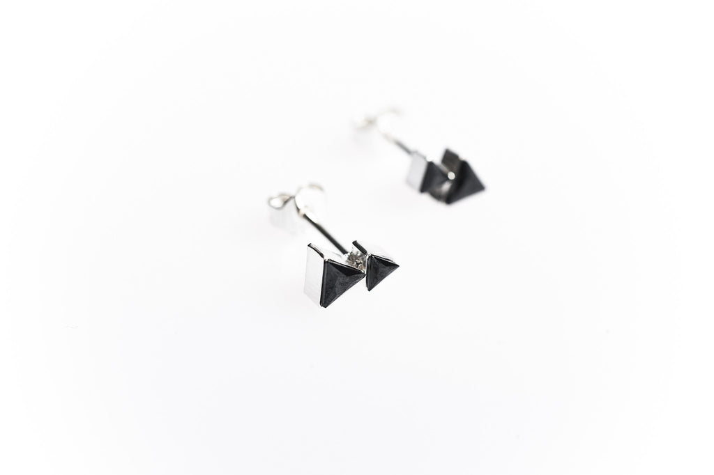 Play Earring 01