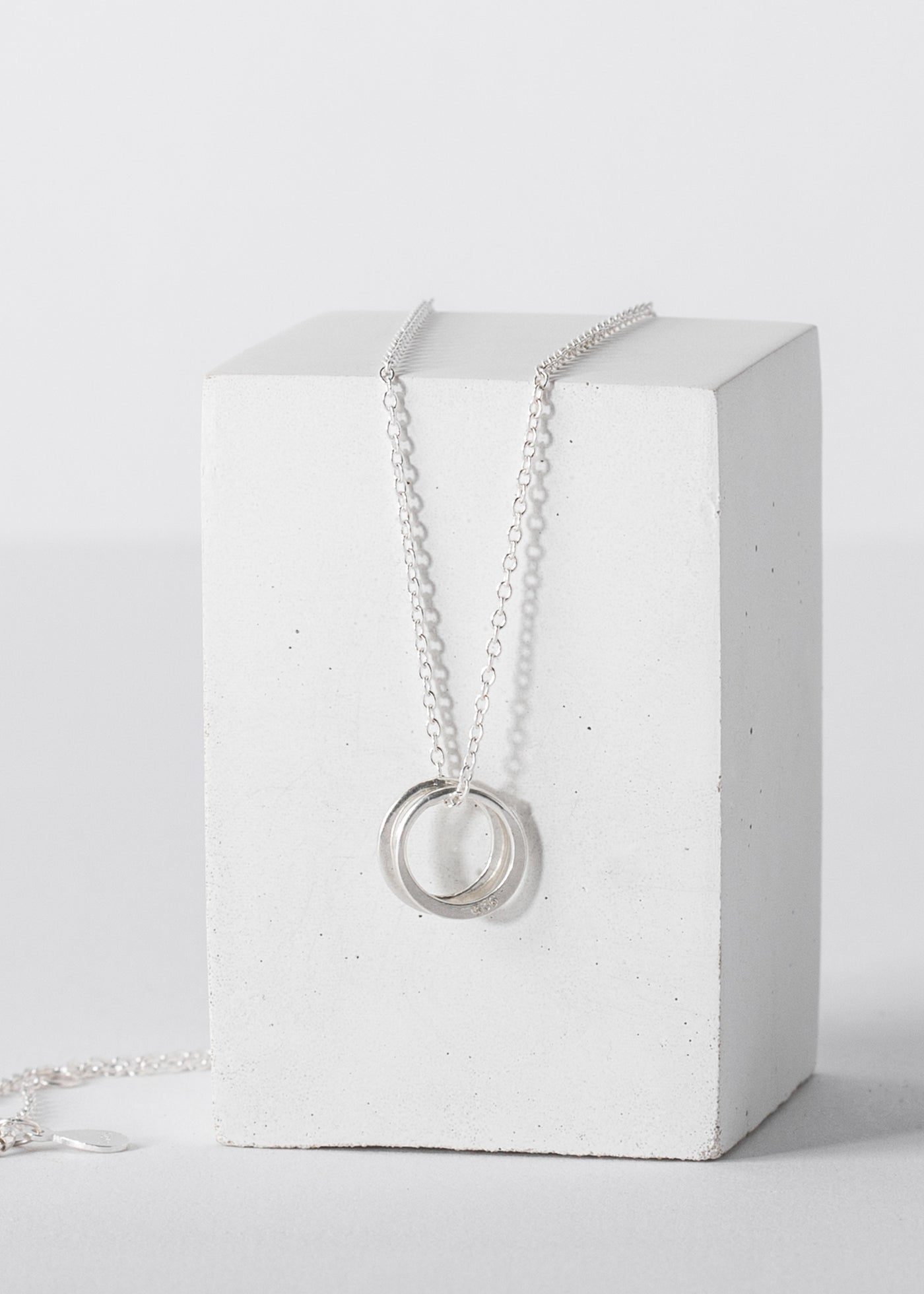 Miracle Balm & Infinity Necklace Gift Set