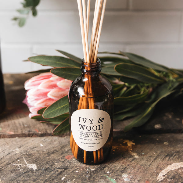 Champagne & Strawberries Scented Reed Diffuser - Ivy & Wood Australia
