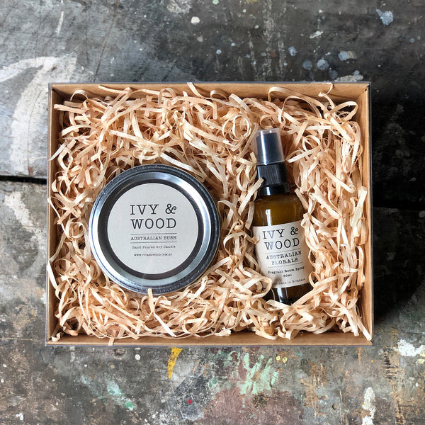 Fresh & Light Gift Pack - Small Candle & Mini Room Spray