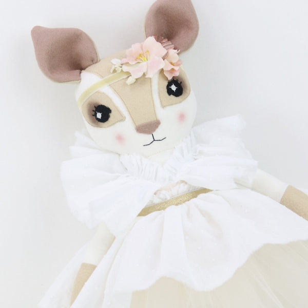 Summer Rose Fenella Fawn
