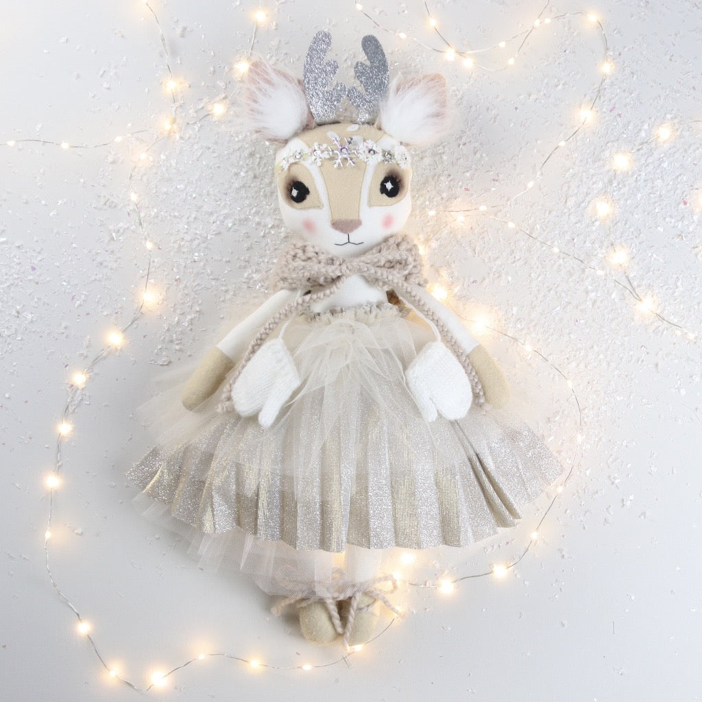 Pleated Sparkle Rosalie Reindeer