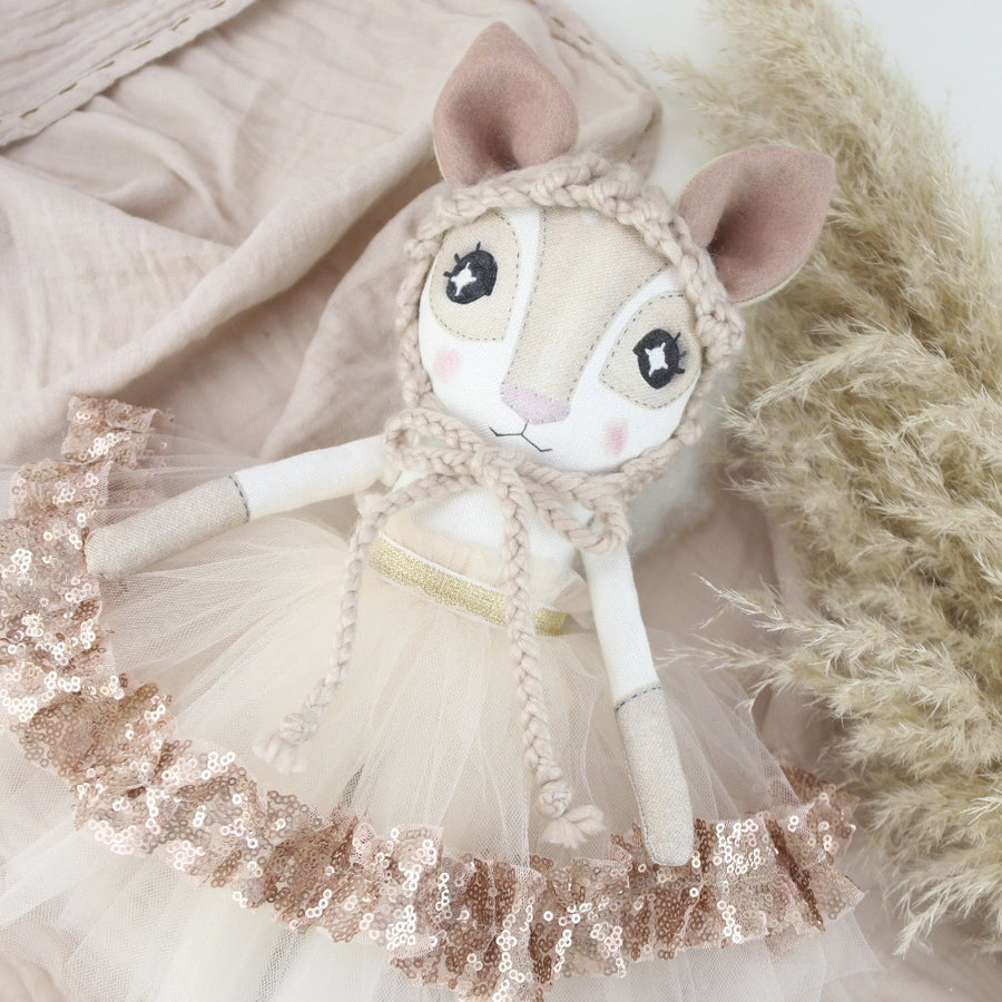 Keepsake Rose Gold Fenella Fawn