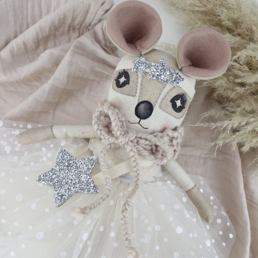 Keepsake Silver Star Delphine Dormouse