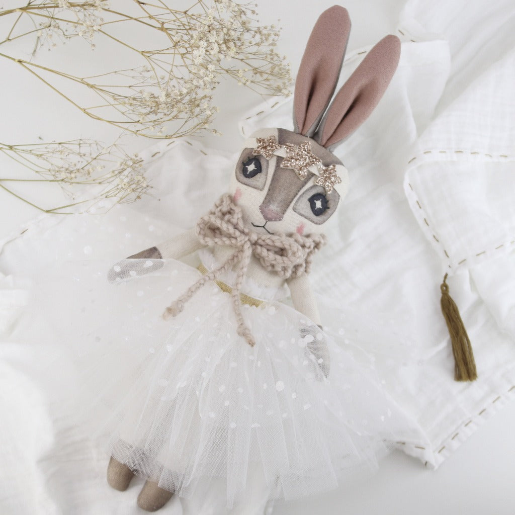 Keepsake Winter Wonderland Hebe Hare