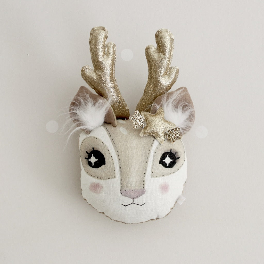 Reindeer Animal Wall Head
