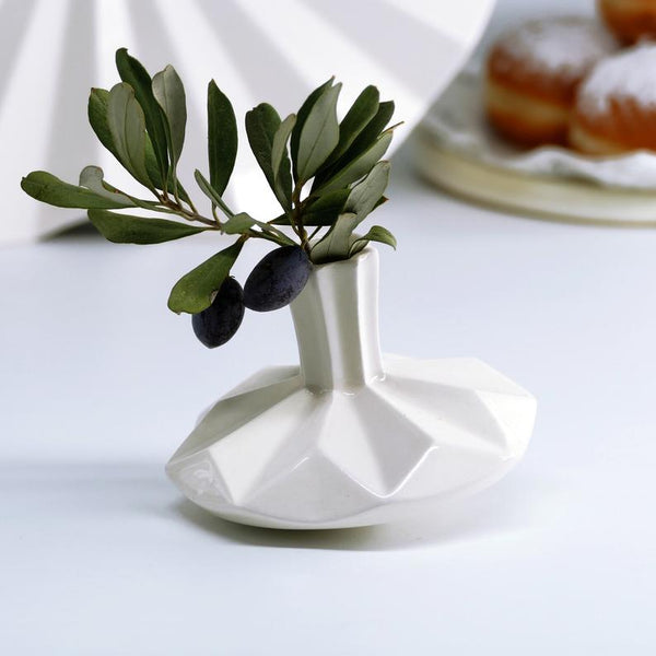 dreidel vase - original Chanukah table decoration