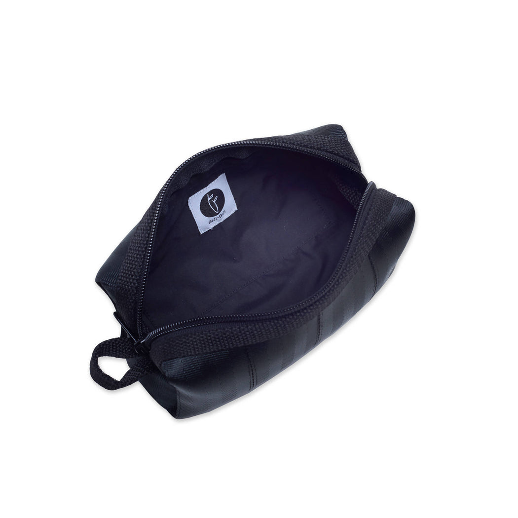 Anggerik Black Pouch Bag