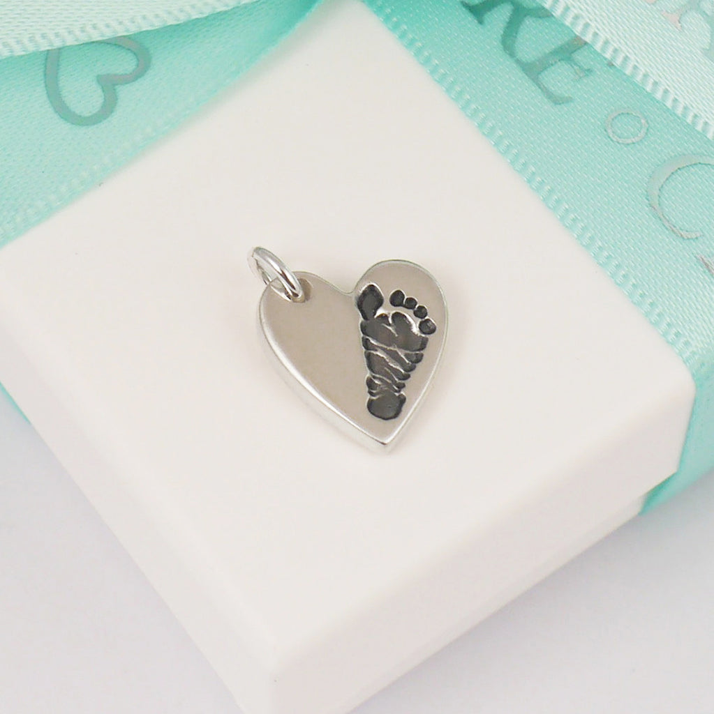 small footprint charm - handprint