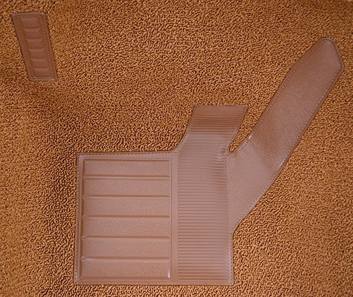 1971-1976 Chevrolet Corvette Front with Pad Flooring [Front]